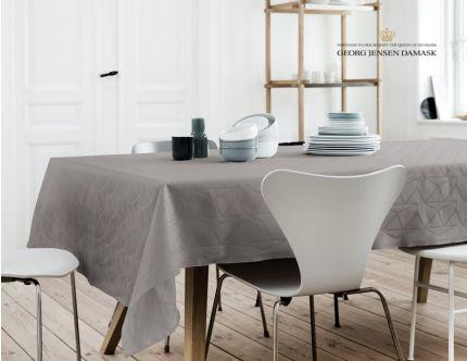 Georg Jensen Damask dug med design af Arne Jacobsen